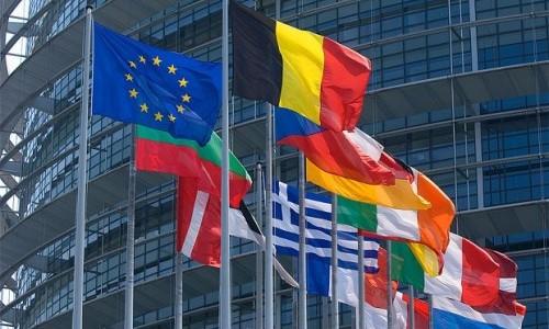 © European Union (2015)